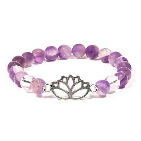 Armband aus Chevron Amethyst und Bergkristall mit Lotus